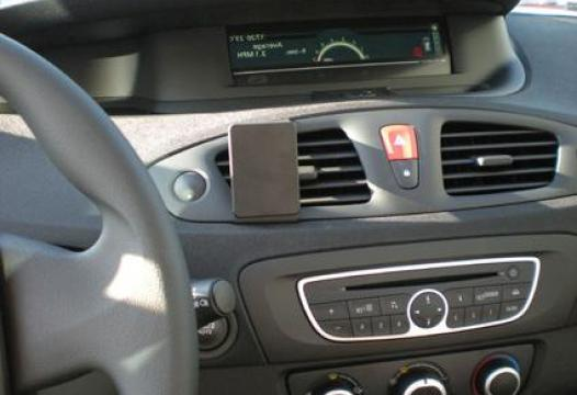 Proclip Renault Scenic 10- Center mount